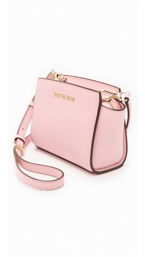 Michaelkors Mini Messenger Pink michael michael kors selma mini messenger bag blossom in