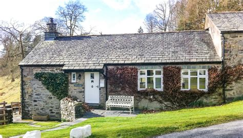 cottage to rent in lake district built remote lake