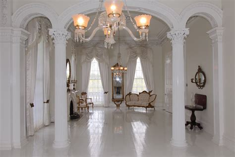 the white ballroom in the nottoway plantation mansion on loveisspeed nottoway plantation resort