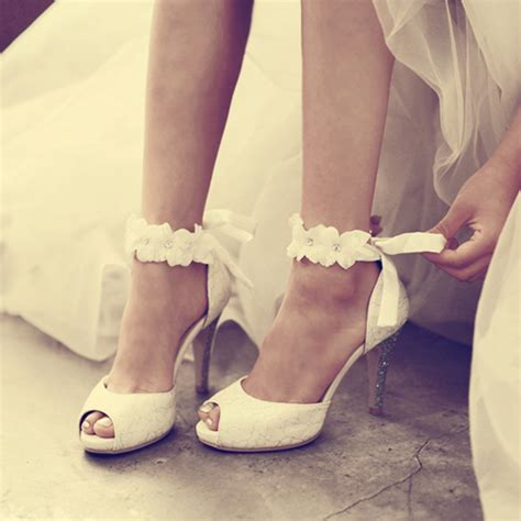 2016 White Lace Wedding Formal Dress Shoes Peep toe Lady
