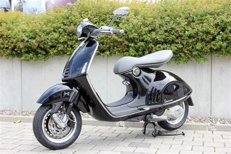 Motorrad Bayer Senden Ffnungszeiten by Vespa 946 In Schwarz Oder Wei 223 Neu Lagerfahrzeug