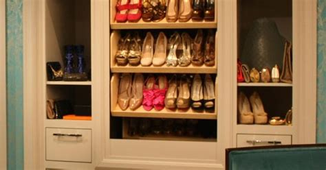 Closet Carousel by Electric Shoe Carousel Must