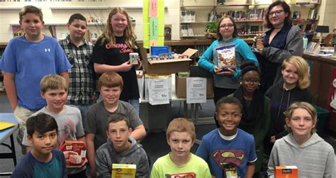 kent middle school students help with county food pantry