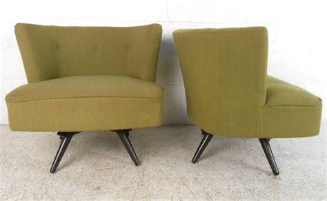 Pair Of Mid Century Modern Swivel Slipper Chairs At 1stdibs Swivel Slipper Chair