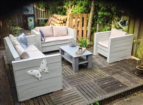 Garden Ideas How To Build Pallet Patio Furniture Make Out How To Make Patio Furniture Out Of Wood Pallets