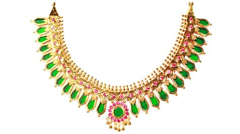 gold ornaments shopping kerala tourism india kerala