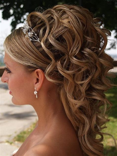 hairstyles for long hair cocktail party 25 amazing prom hairstyles ideas 2017 sheideas