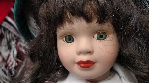 haunted doll buzzfeed a psychic said my creepy doll is definitely haunted