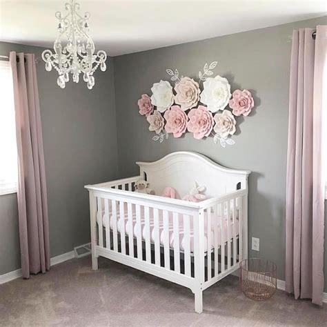 room themes simple and pretty via abbielu handmade baby rooms ideias de beb 234 decora 231 227 o bebe quarto