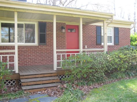 picking the perfect exterior paint colors patriot 15 red door brick house carehouse info