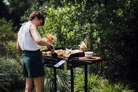 cuisiner avec une plancha plancha summer avec forge adour d 233 co de table