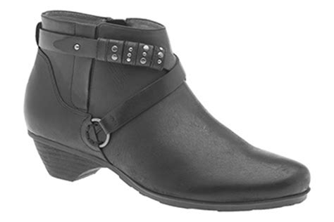 comfortable shoes for hairstylists comfortable shoes perfect for hairstylists