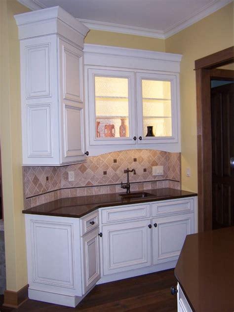 Eggshell Kitchen Cabinets Bertch Custom Capela Door Style Birch Wood Eggshell Finish Custom Glaze Traditional