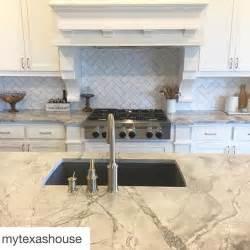Marble Tile Kitchen Countertop - best 25 super white quartzite ideas only on pinterest