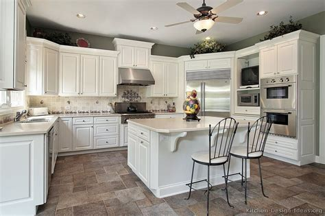 traditional kitchens with white cabinets pictures of kitchens traditional white kitchen