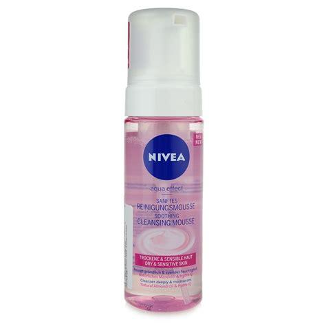 mousse seche pour canapé nivea aqua effect mousse nettoyante pour peaux sensibles