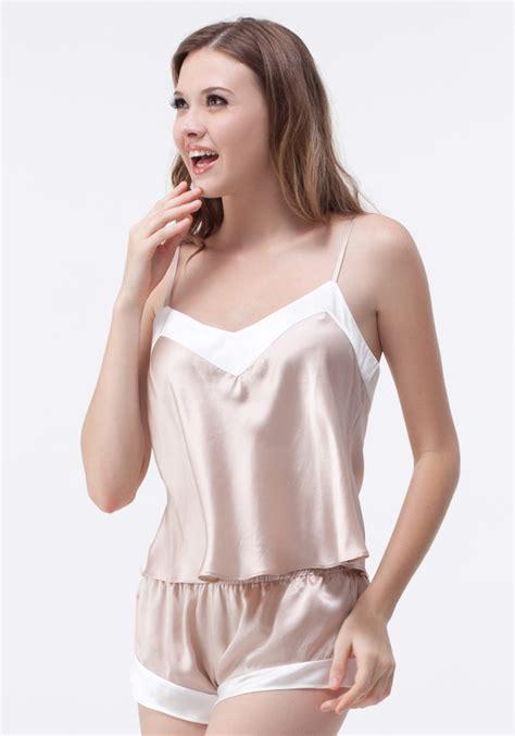 lingerie de satin 147 best sexy satin images on pinterest beautiful