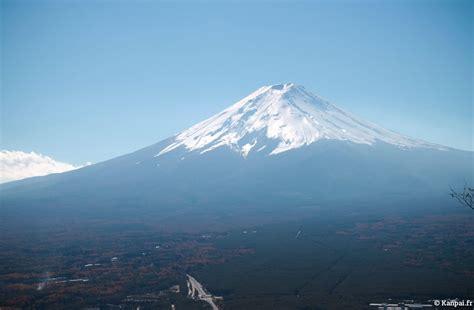 Travel Set Mt Tulipware Pl mount fuji the iconic volcano
