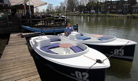 elektrisch bootje nieuw elektrische sloep te huur op vecht