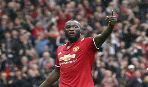 epl goal epl round up lukaku scores again as man united beat