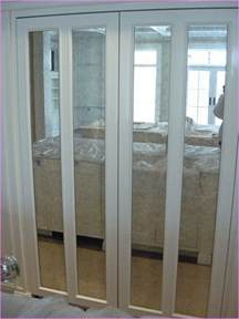 bifold mirrored closet doors home design ideas mirrored