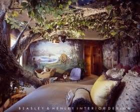 Themes For Bedrooms by This Narnia Themed Room Has An Tree Made Of Lightweight
