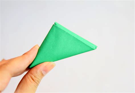 Fold A Paper Into A - how to fold a note into a secret triangle 11 steps