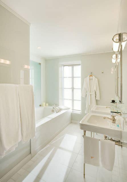 Bathroom Pendant Lights Over Vanity