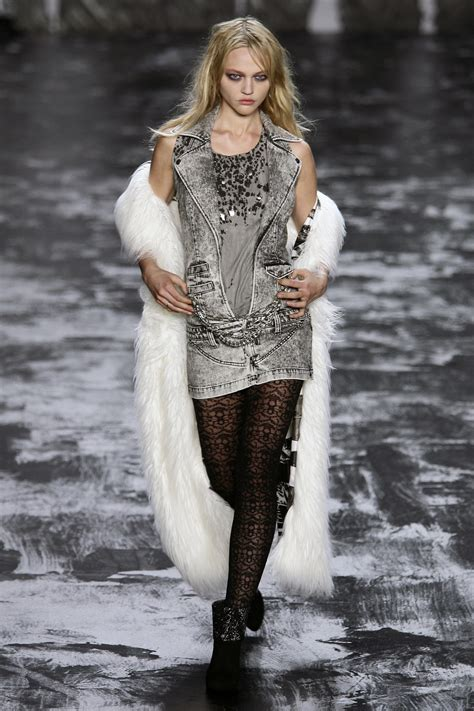 Ny Fashion Week Miss Sixty by Miss Sixty Fall 2009 Runway Pictures Livingly