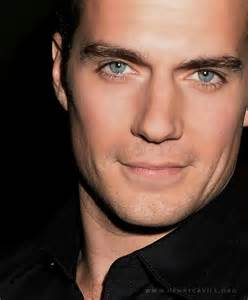 superman eye color henry cavill