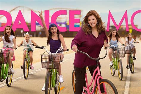 Hit The Floor Episode 3 - dance moms season 6 episode 1 recap bubbles and brynn mic