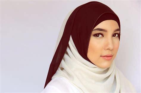 gaya jilbab tren  gaya jilbab klasik tren