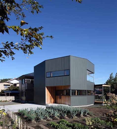 designboom japanese house studio loop plans family orientated plug house in japan