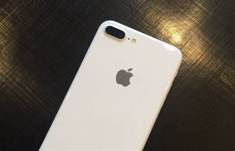 jet white iphone  en iphone   te zien  nieuwe video
