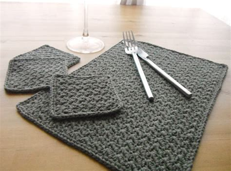 Crochet Table Mats - 37 crochet placemat patterns guide patterns