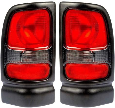 2001 dodge ram tail light fits 94 01 dodge ram pickup tail light rear l taillight