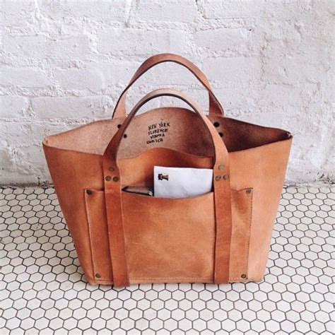 Handmade Totes And Purses - best 25 leather tote bags ideas on travel