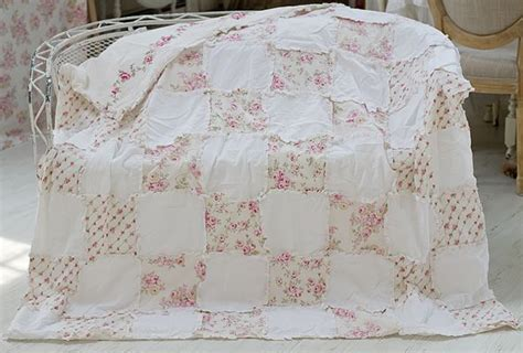 25 best shabby chic quilts ideas on pinterest white quilts rag quilt patterns and patchwork