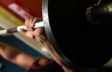 daily bench press 5 fitness goals and how to actually achieve them life by daily burn