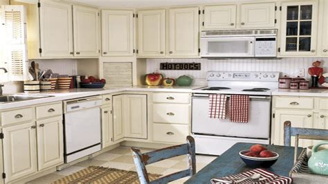 Kitchen Backsplash Paint antique white kitchen painted kitchen cabinets with white