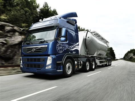 the new volvo truck new volvo fm methanediesel launched autoevolution