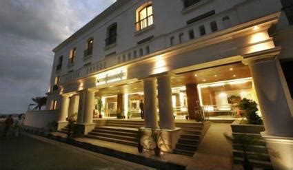 High Design Cafe Pondicherry | hotel the promenade 5 pondichry inde magiclub