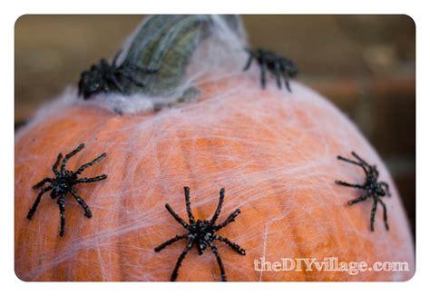 pumpkin spider sparkly spider pumpkin the diy