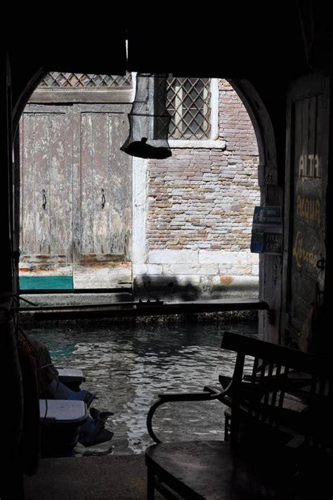 libreria a venezia libreria acqua alta venezia