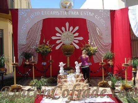 arreglo del templo para la celebracion de unm altares para corpus christi buscar con google
