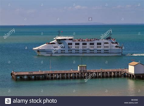 ferry queenscliff queenscliff sorrento ferry and the ferry terminal in