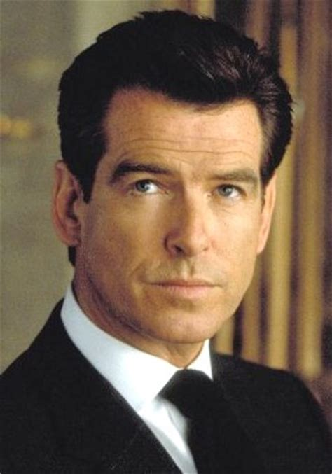 aktor film james bond pierce brosnan and james bond 007