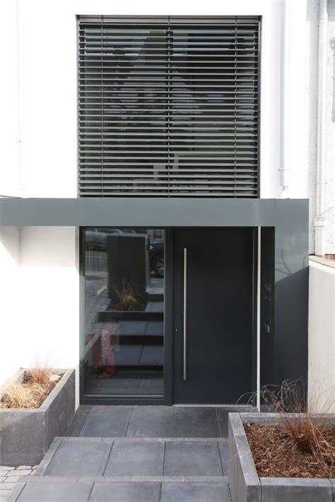 terrassen berdachung holz seitenw nde vordach mit seitenwand vordach zum garten mit seitenwand