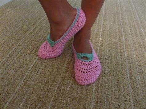crochet slippers for beginners 10 free patterns for crochet slippers