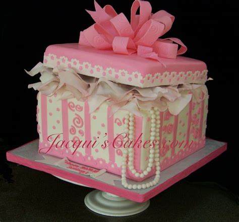 christmas gift box fondant cake instructions best 25 gift box cakes ideas on fondant cake gift cake and